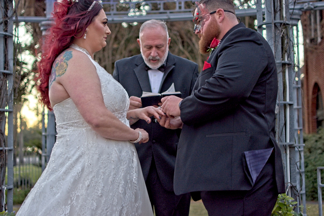 When to Light the Unity Candle at a Wedding